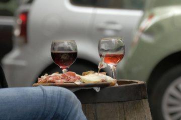 Une dose régulière d'alcool provoque souvent une transpiration abondante.